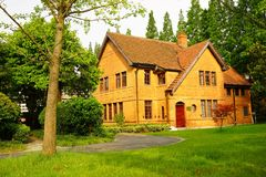 一个砖房子在大学 库存照片