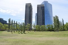一个离开的公园在一个热的夏日 图库摄影