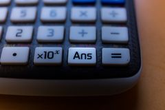 一个科学计算器的答复钥匙 库存图片