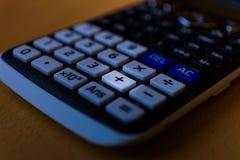 一个科学计算器的键盘的正增加关键 库存图片