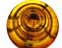 一个空的啤酒瓶的底部 免版税库存照片