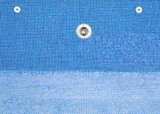 一个空的游泳池 免版税库存照片