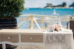 一个精妙的婚礼的美丽的婚礼装饰 免版税图库摄影