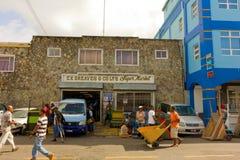 一个繁忙的超级市场在加勒比 免版税库存照片
