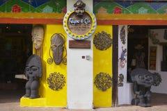 一个纪念品店的外部在圣多明哥,多米尼加共和国 免版税库存照片