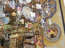 一个纪念品店,在巴塞罗那 卡塔龙尼亚,西班牙 免版税图库摄影