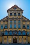 一个美丽的中世纪宫殿在涅斯维日 免版税库存图片
