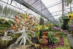 一个美丽的庭院在芭达亚 免版税库存照片