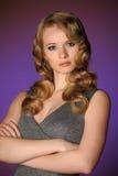 一个美丽的新金发碧眼的女人 免版税图库摄影