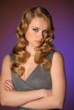 一个美丽的新金发碧眼的女人 免版税库存照片