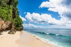 一个美丽的海滩在巴厘岛 库存照片