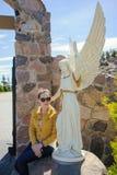 一个美好的天使的大理石象 免版税库存照片