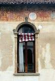 一个美妙地装饰的老窗口在帕多瓦 库存图片