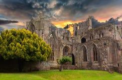 一个老修道院的废墟 库存照片