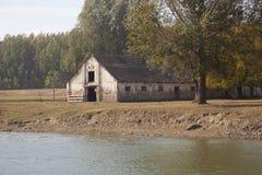 一个老农舍 免版税库存图片