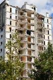 一个老塔的爆破在列斯mureaux 免版税库存照片