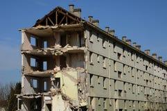 一个老大厦的爆破 库存照片