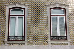 一个老大厦的详细资料在里斯本 免版税图库摄影