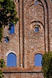 一个老女修道院的Windows 免版税图库摄影
