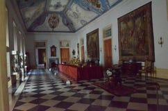 一个老宫殿的内部在葡萄牙 免版税库存照片