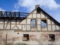 一个老房子的遗骸 免版税库存照片