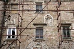 一个老房子的重建 库存照片