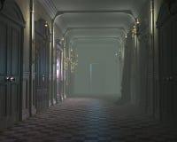 一个老有薄雾的走廊 免版税库存图片