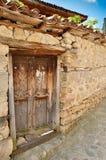 一个老木门在从t时的Koprivshtitsa保加利亚, 免版税库存照片