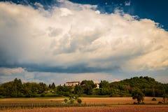 一个老村庄在意大利乡下 图库摄影