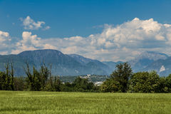 一个老村庄在意大利乡下 免版税库存照片