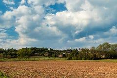 一个老村庄在意大利乡下 免版税库存图片