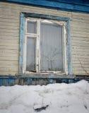 一个老村庄的窗口 免版税库存照片