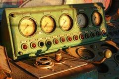 一个老电力机车,顿河畔罗斯托夫,俄罗斯, 2011年3月14的设备日 库存照片