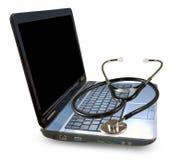 一个膝上型计算机和听诊器的图象在白色背景 免版税库存照片