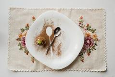 一个蛋糕用桂香 免版税图库摄影