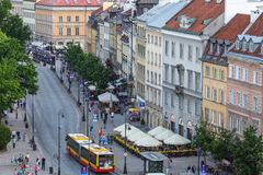 一个街道华沙老镇(凝视Miasto)是最旧的历史的区华沙(13世纪) 免版税库存照片