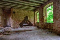 一个被放弃的宫殿的内部 库存照片