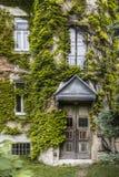 一个被放弃的房子的入口在奥地利 免版税库存照片