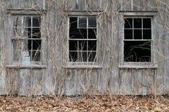 一个被放弃的谷仓的外部 免版税库存图片