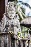 一个被雕刻的宗教雕象巴厘岛,印度尼西亚 免版税库存图片