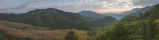 一个谷的看法在日出的 图库摄影