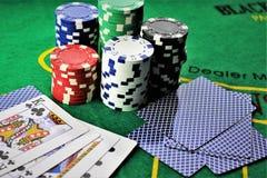 一个赌博娱乐场-模子,芯片的图象,赌博-有拷贝空间的 免版税图库摄影