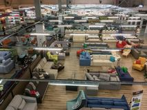 一个超级市场的内部家具销售的,顶视图 库存照片