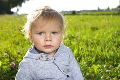 一个逗人喜爱的幼儿的画象 库存图片
