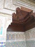 一个门在巴伊亚宫殿,马拉喀什 免版税库存照片