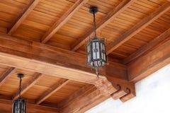 一个闪亮指示在威尼斯式小屋大厅里  免版税图库摄影
