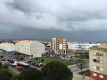 从一个阳台的看法在Oeiras,葡萄牙 免版税图库摄影