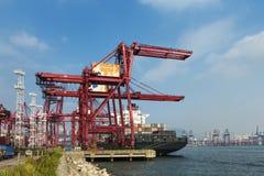 一个集装箱码头在香港 库存图片