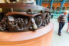 一个雕象的插口在圣Pancras驻地的 免版税库存图片