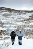 一个露天开采矿的工作者 免版税库存图片